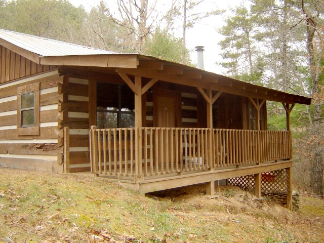 SOLD – Absolute Auction – 7 Cabins, Multi-Use Building, & Residential Lot in Townsend