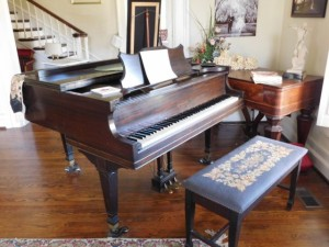 Piano & Pump Organ