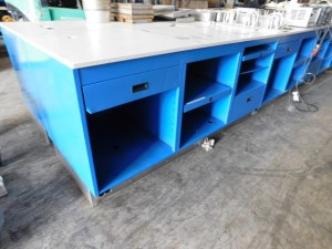Heavy Duty Work Tables1