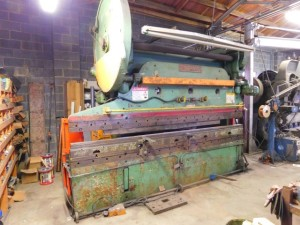 Cincinnati 90-Ton Press Brake