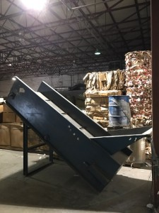 Glen L. DeHart & Sons Incline Conveyor 36w x 10'L