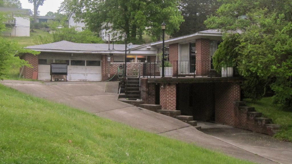 Real Estate Auction of Large, Single Family Home in Lenoir City