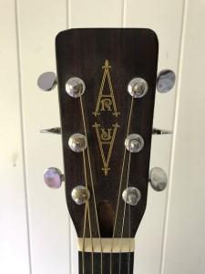 Lambeth - Alvarez Regent Guitar