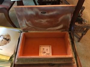 Lambeth - Incolay Stone Box