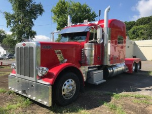 2013 Peterbilt Feature