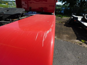 2013 Peterbilt Fender Scratch