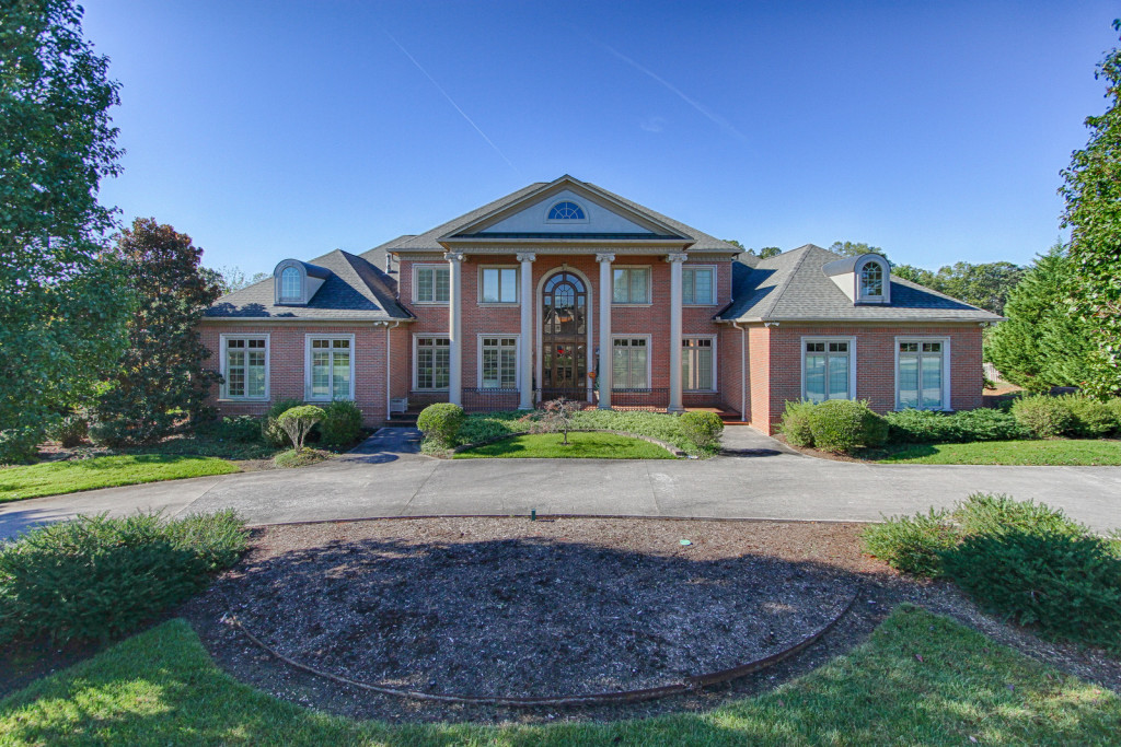 REAL ESTATE AUCTION – Henge Point Lane, Knoxville TN