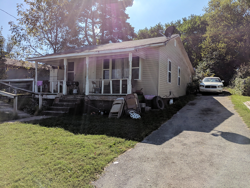 Property 19 – Foreclosure Real Estate Auction By Order of Secured Party – 422 Locust Ave., Morristown, TN
