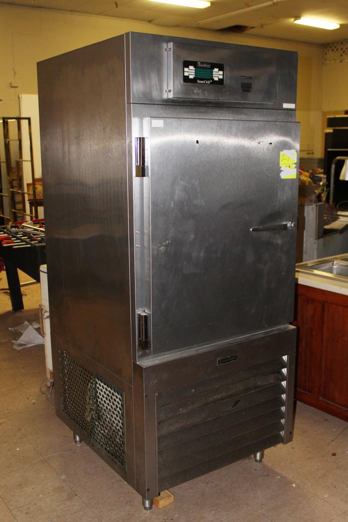 Absolute Restaurant Equipment & Décor Auction