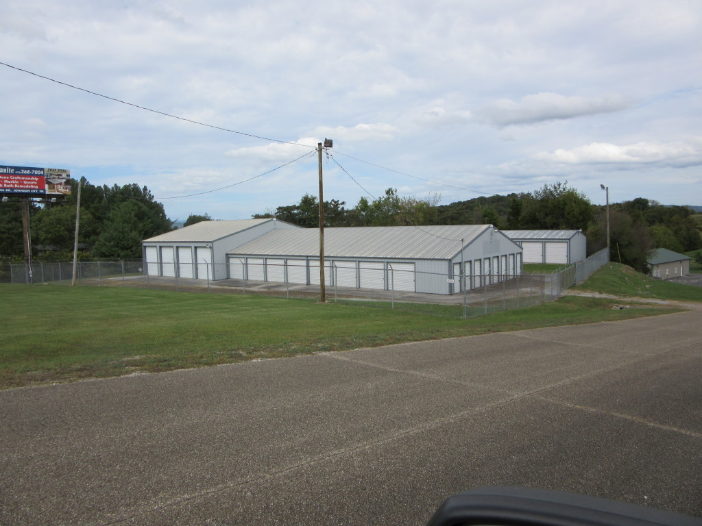 ABSOLUTE REAL ESTATE AUCTION – Approx. 1.24 Acre Income Producing Commercial Property